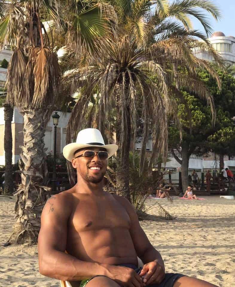 Anthony Joshua enjoying Vacation