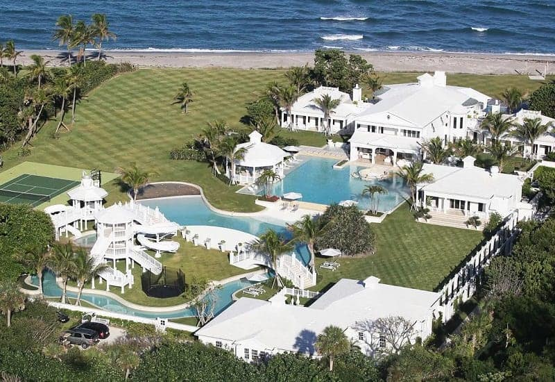 Her Gigantic Mansion In Florida.
