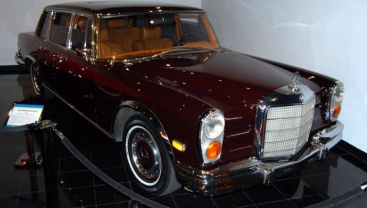 Nicholson's Mercedes Pullman 600 Limousine