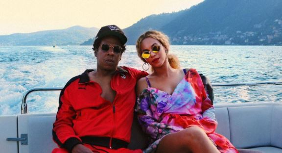 Jay-Z Beyonce on a Super Yacht on a Super Vacations