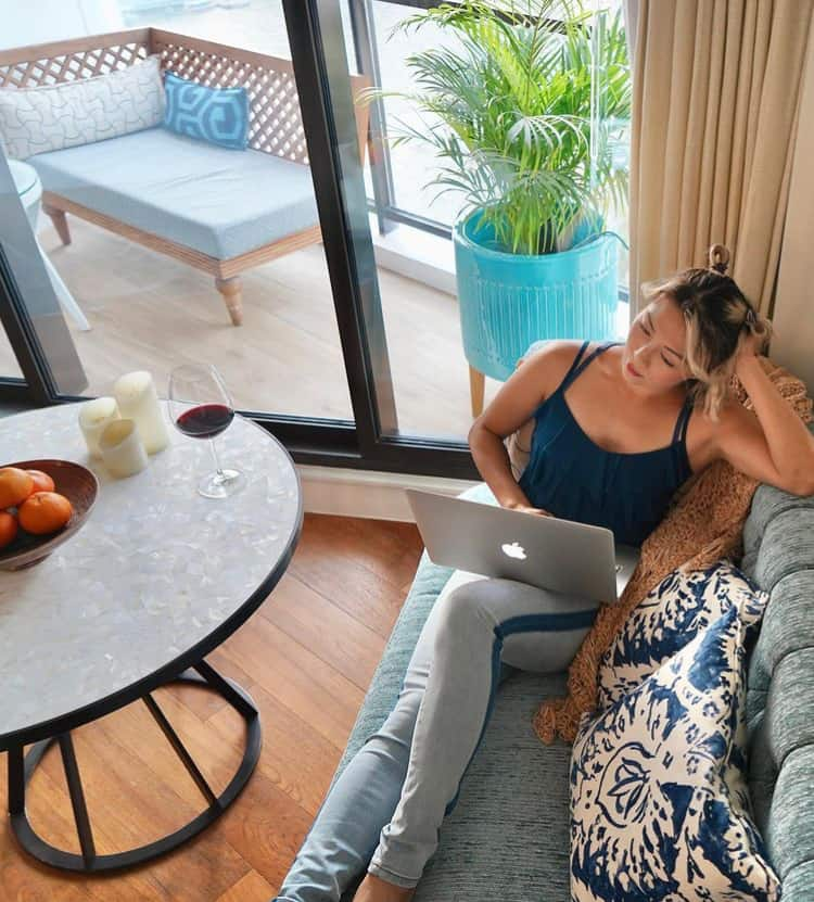 juju-chang- working-in-her-home
