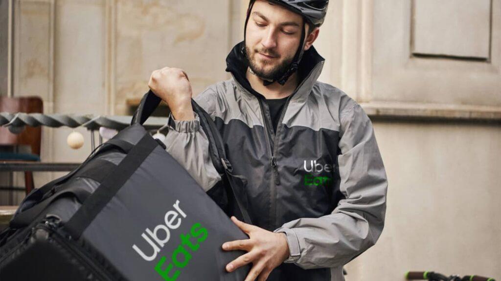 Best Food Delivery Apps- Uber-Eats-Delivery