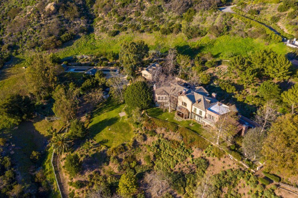 Mel Gibsons's Malibu home worth $14.5 Million.