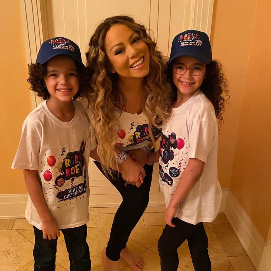 Mariah with her kids